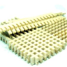 RBM 016 19 - Drevený rošt 1,9 x 1,9 mm